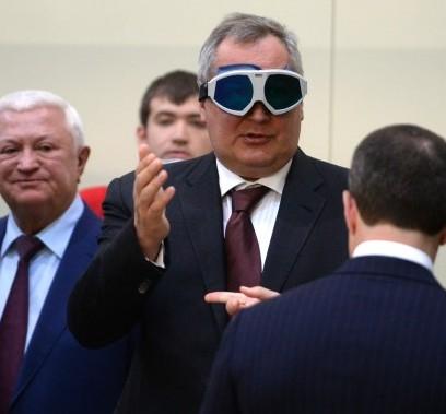 Рогозин, Роскосмос, скандал, МВД, расследование, преступление, судимость, подделка, документов, жена, сын, Путин, Сочи, Медведев